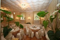 Белый зал  ресторана
