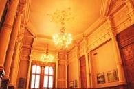 Большой зал дворца
